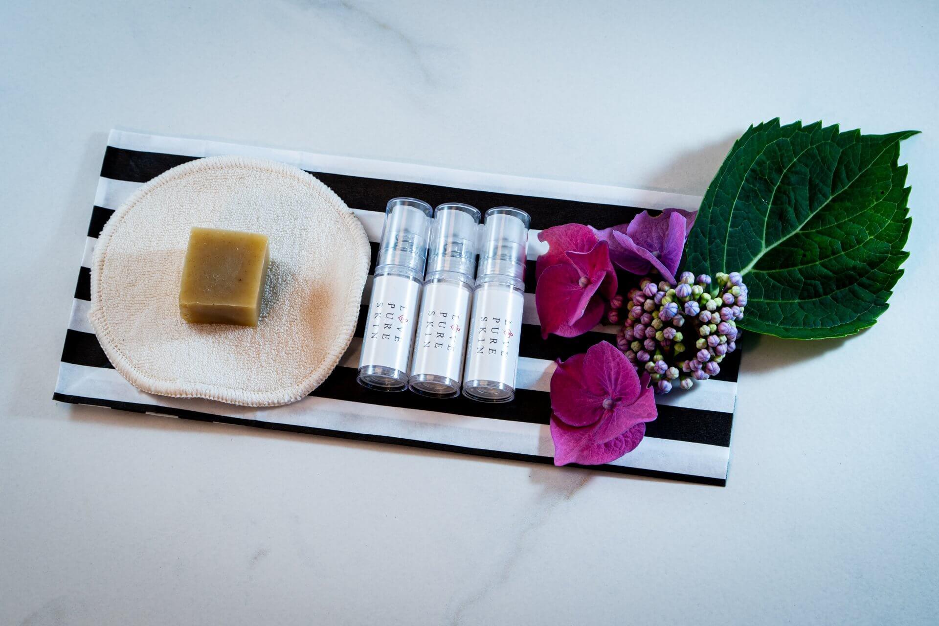 Love Pure Skin Beauty Minis Set 1