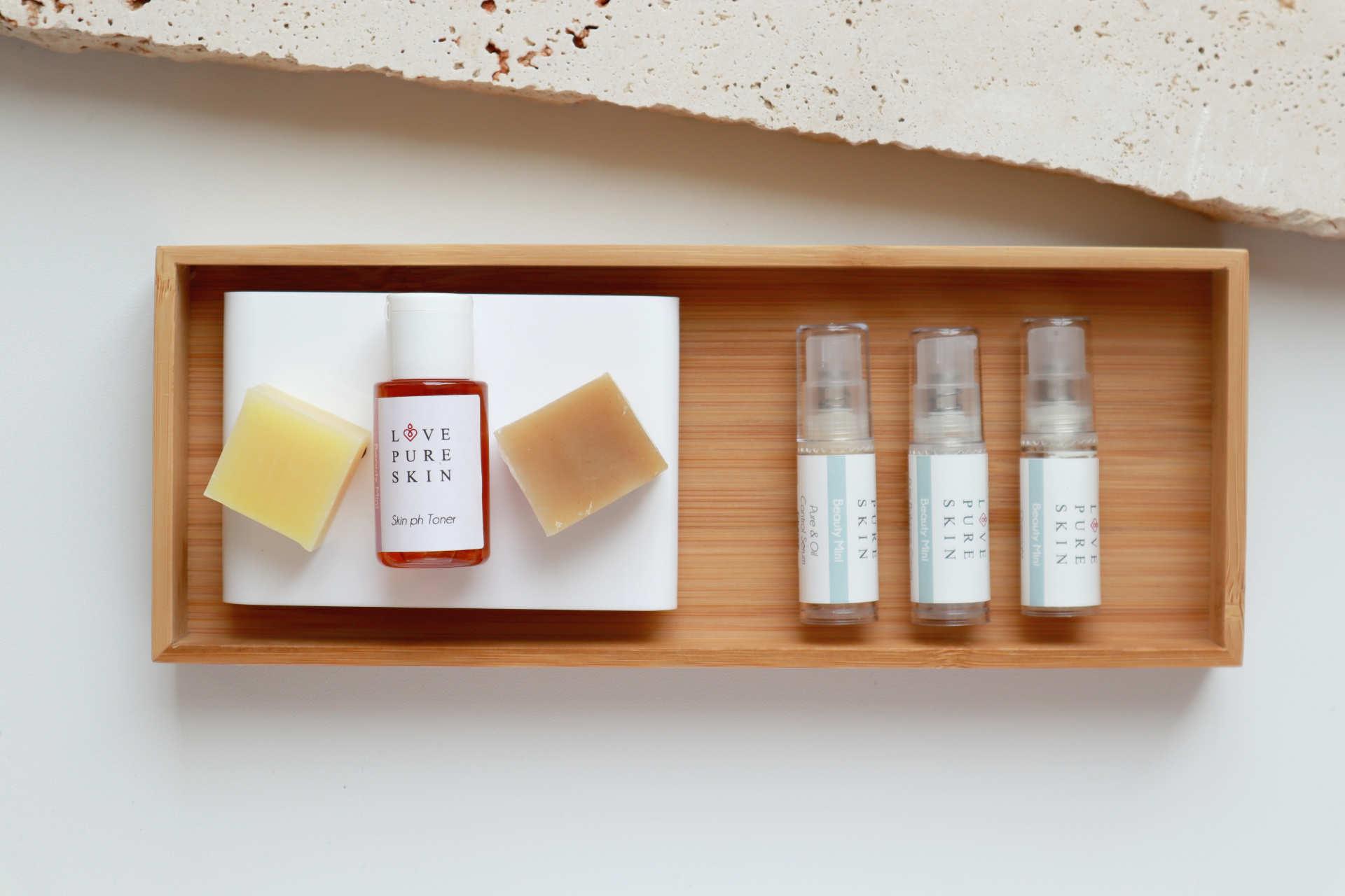LOVE PURE SKIN Beauty Mini-Set 2 für unreine Mischhaut und ölige feuchtigkeitsarme Haut